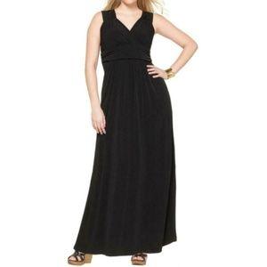 NY Collection Black V Neck Sleeveless Maxi Dress